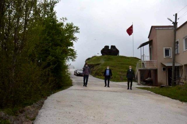 Başkan Erener ulaşıma açılan yolu inceledi