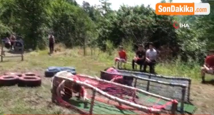 Covıd-19 salgınından sıkılan gençler gerçek Survivoru aratmayan yarışma düzenledi