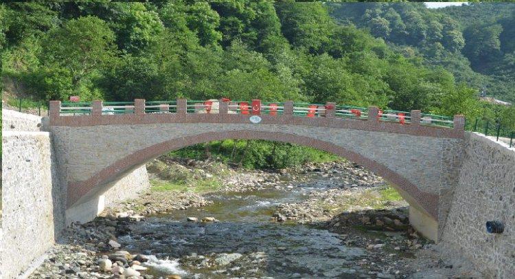 Şafaklı Köyü Kemer Köprüsü Yenilendi